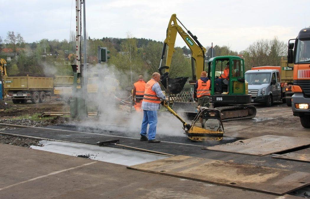 Sperrung des Bahnübergangs